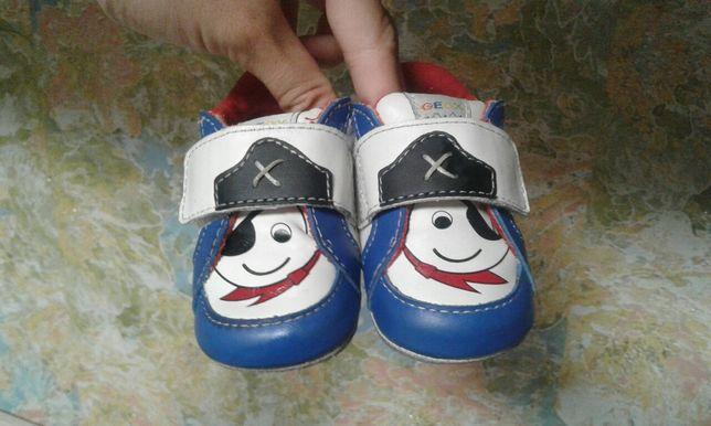 Пинетки кожаные. Туфли. Ботиночки Geox 18р.
