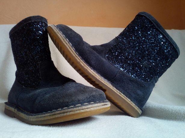 Ботинки . натуральный замш . Натуральная кожа . 29 размер .18,5 см