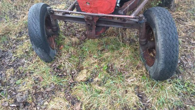 Ursus c325 C328 traktor sam przednia os ze wspornikami