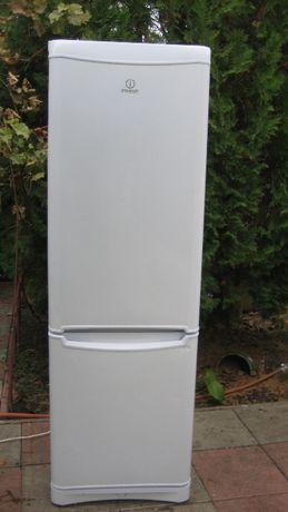 Холодильник Indesit двухкамерный 195 cм