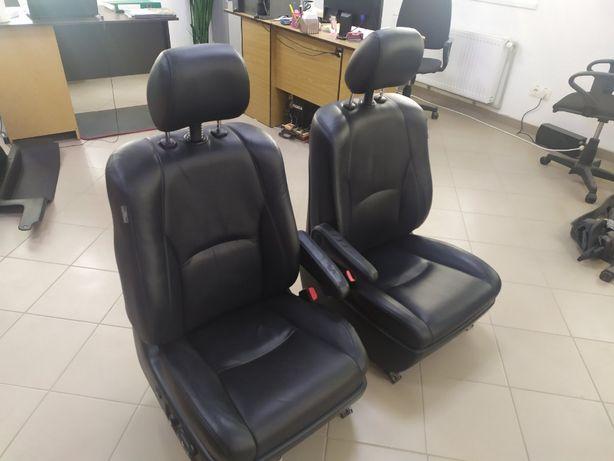 Сидіння Honda RX 350 шкіряні !