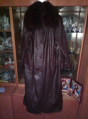 Продам кожаный женский плащ