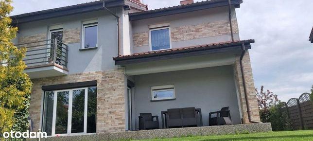 Komfortowy dom w Dąbrowie