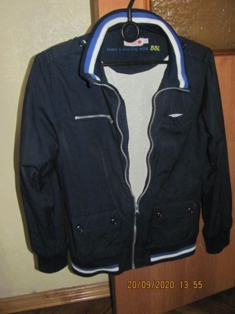 В идеальном состоянии осенне - весенняя куртка BOBOLI - недорого