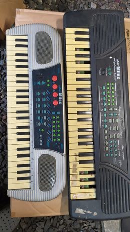 Keyboard Miles - 2 szt. nietestowane.