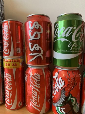 Coleção 94 latas de Coca-Cola