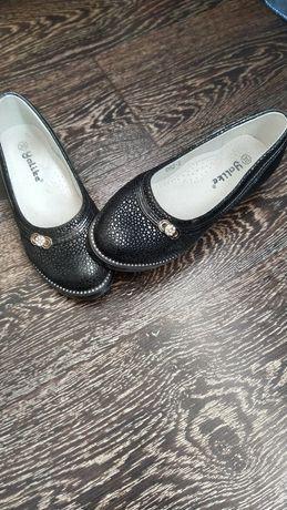 Туфли  для девочки 30размер