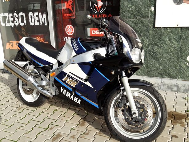 Yamaha FZR 1000 rok 1990