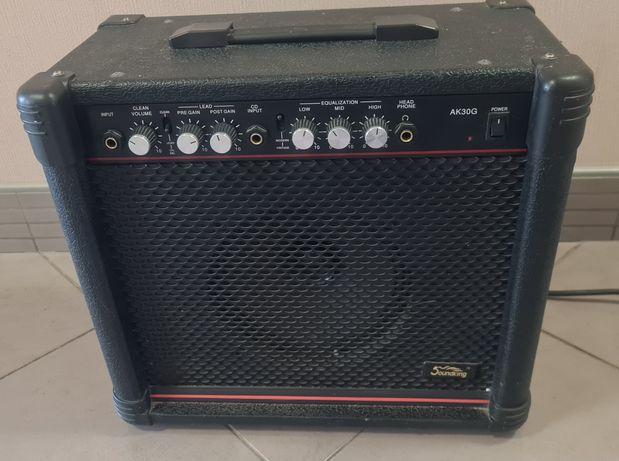 Soundking Ak30G (Гитарный комбоуселитель)