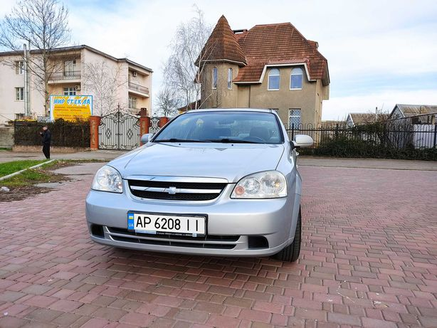 Chevrolet Lacetti SX 1.8 МКПП 2004г.