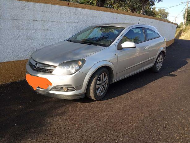 Opel Astra GTC..