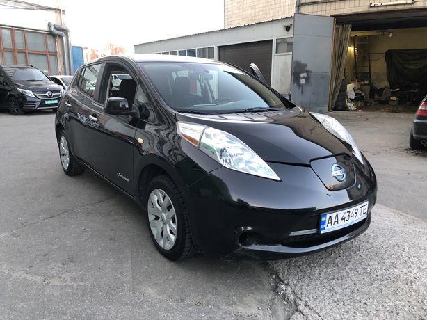 Nissan leaf 2013г