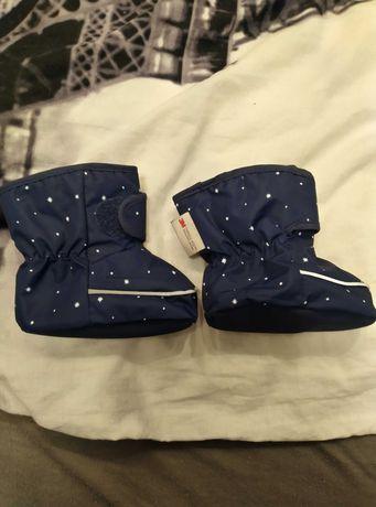 Sprzedam buciki niechodki z H&m rozmiar 16-18