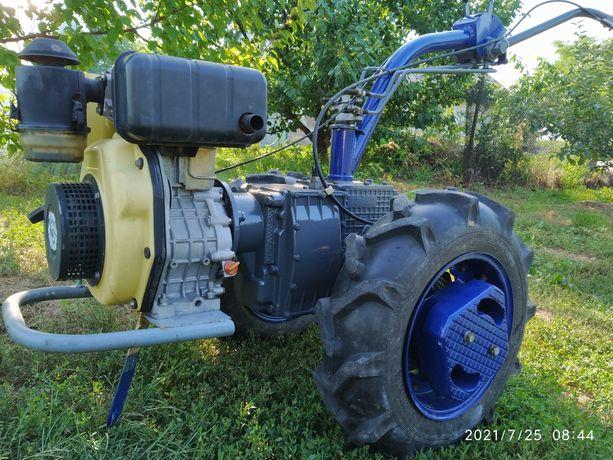 Мотоблок Мотор сич с косой роторной.
