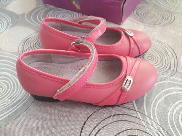 Туфли, туфельки одежда для девочки