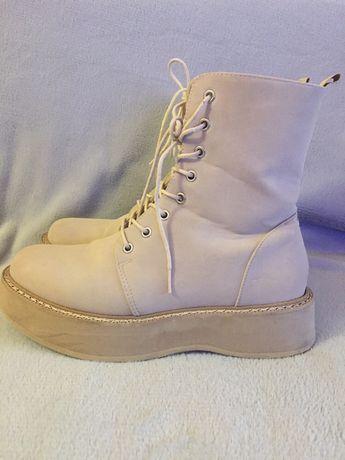 Классные ботиночки, размер 40