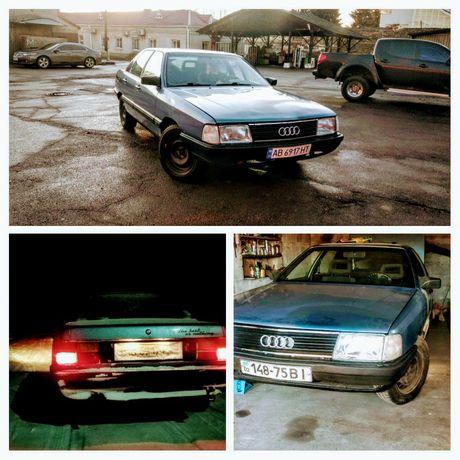 Продам автомобіль Audi 100