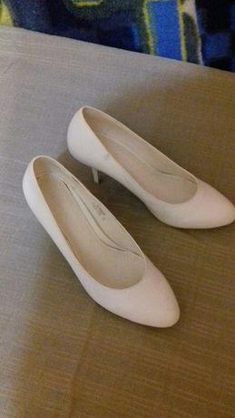 Свадебные кожаные туфли лодочка