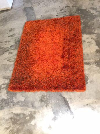 Vendo carpete, medida 2,60m por 1,60m
