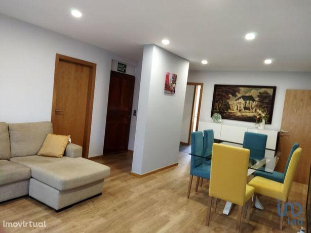 Apartamento - 113 m² - T0
