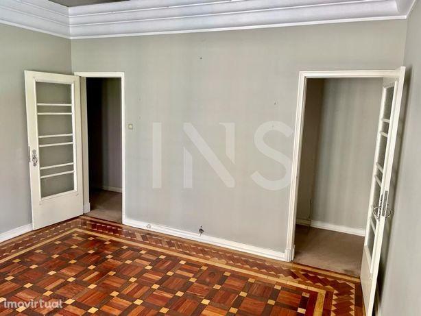 Apartamento T4 com 203m² para venda na Avenida Almirante ...