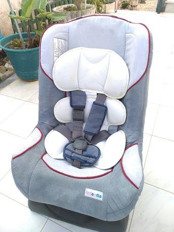 Cadeira criança automóvel