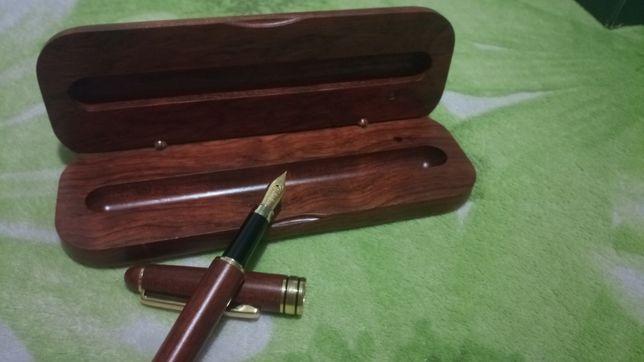 Перьевая ручка деревянная