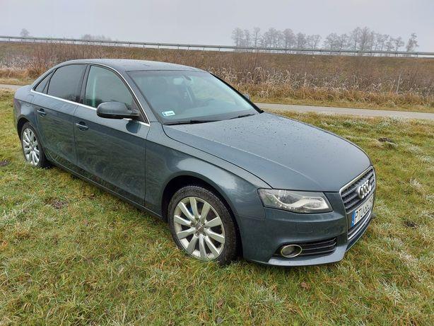 Audi a4 B8  ZADBANA
