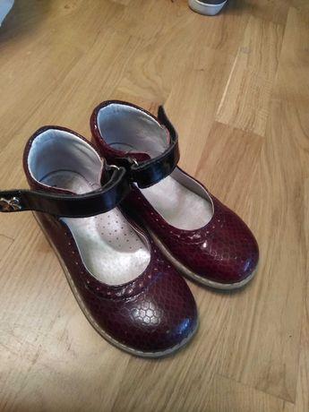 Ортопедичне взуття туфлі, чоботи для дівчинки 26, 27, 28