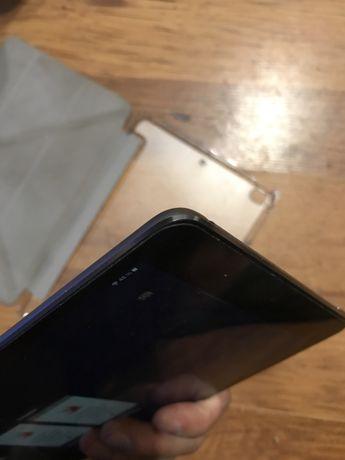 Продается iPad mini 4