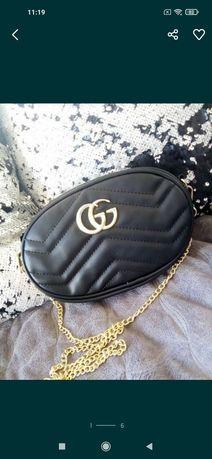 Gucci torebka mała kopertówka nerka