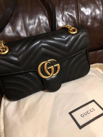 Torebka Gucci Marmont Small 26 cm skóra naturalna czarna Wysyłka 24h