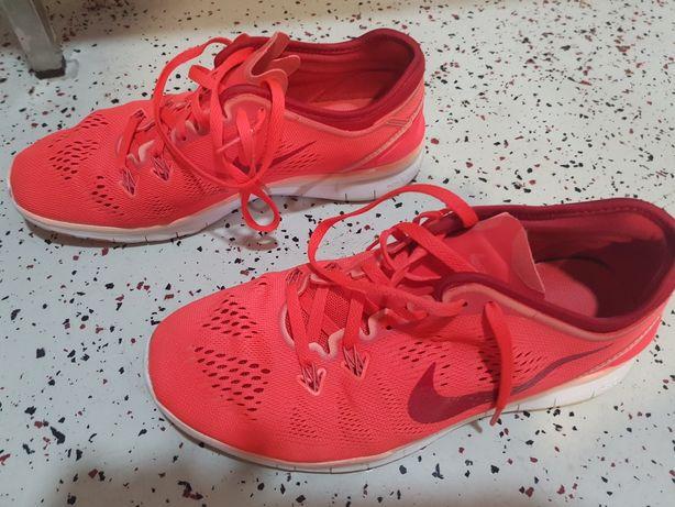 Sapatilhas Nike 38
