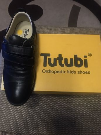 Шкіряне фірмове ортопедичне взуття на хлопчика 33 розмір