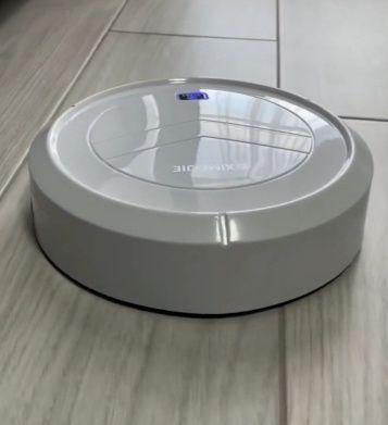 Новый робот пылесос