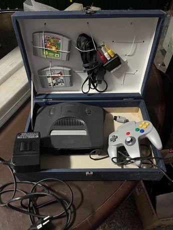 Nintendo 64 com 2 jogos !