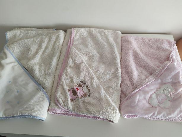 Toalhas/capas de banho e mantas bebé