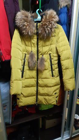 Тёплая курточка 850 грн !