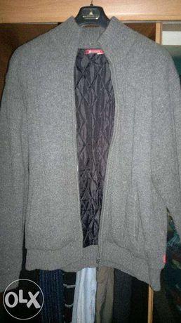 Ciepły i elegancki zapinany sweter