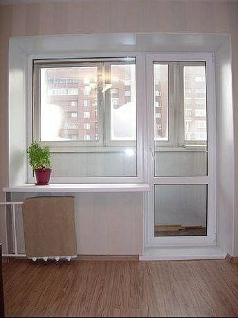 Балконный блок, пластиковая дверь и окно