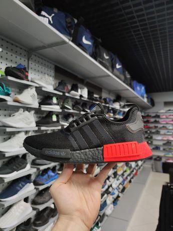 Оригинальные кроссовки Adidas NMD_R1 EE5107