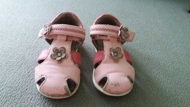 Sandałki dla dziewczynki roz. 22 Wojtyłko