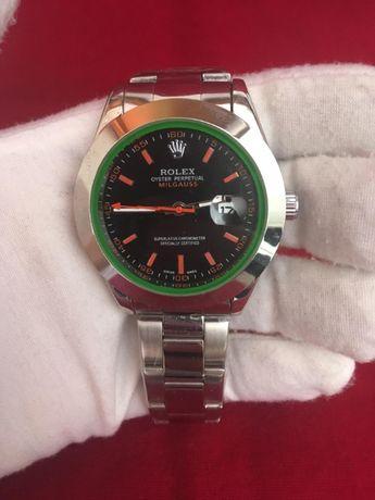 Relógio Rolex Preto, Verde e Vermelho