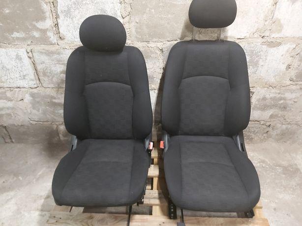Fotele,kanapa,boczki,kierownica,panel klimatyzacji,awaryjne W203 .