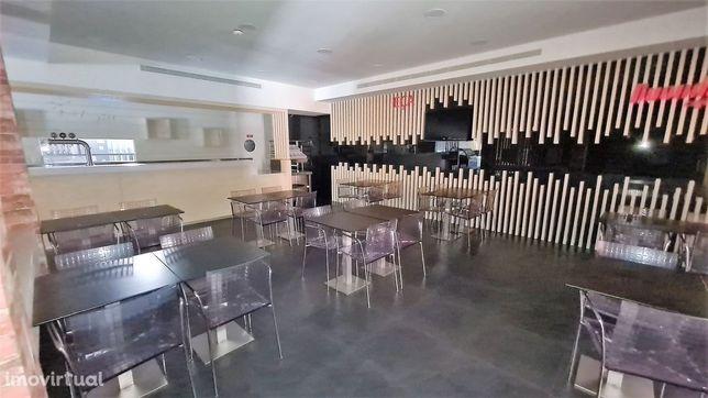 Restaurante no centro da Póvoa de Varzim.