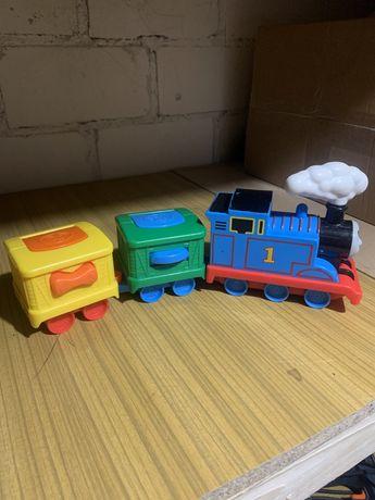 Tomek ciuchcia z wagonami