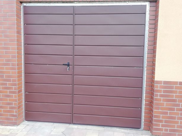 Brama garażowa . bramy pod wymiar , automatyka do bram