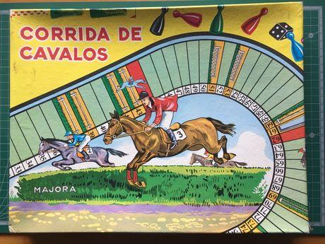 Jogo de tabuleiro Corrida de Cavalos da Majora