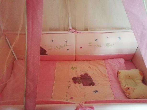 Нежный комплект в кроватку+защита и балдахин!