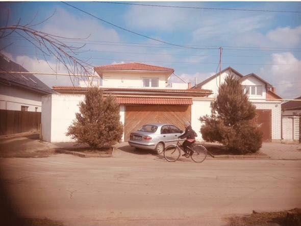 Продам дом в центре Бердянска